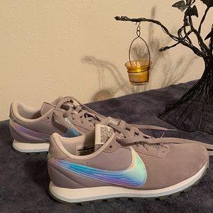 Nike Pre Love O.X. Sneakers Swoosh Highlighter